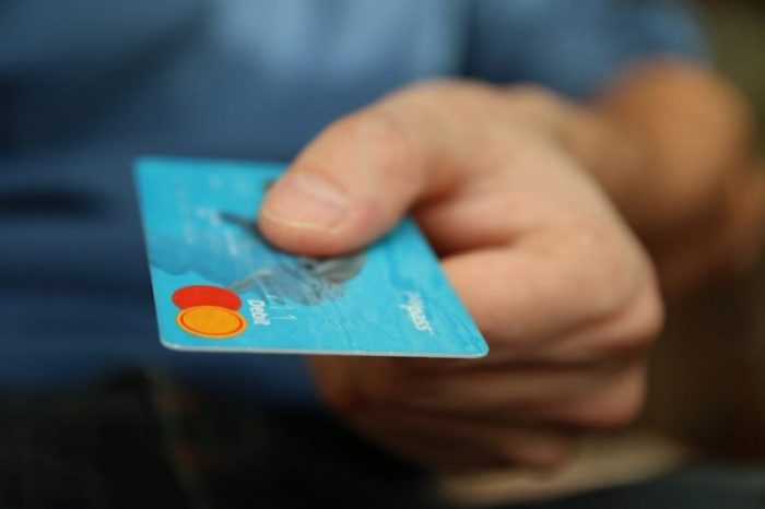 credit card payment in retail sale